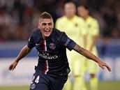 A JE TAM! Zálo�ník Marco Verratti z Paris St. Germain oslavuje gól, který...