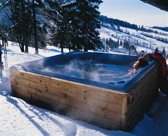 Swim Spa na celoroční plavání nebo relaxace ve vířivce?