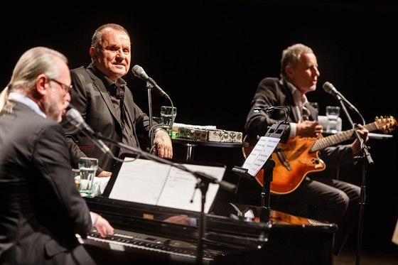 Koncert slovenské skupiny Elán v pražské Lucerně (3. prosince 2013)
