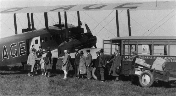 Farman F.62 Goliath byl první dvoumotorový stroj ČSA. Goliath měl původ v...