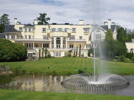 Rezidence Updown Court leží uprostřed lesů na londýnském předměstí v obci...