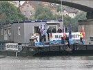 S nákladní lodí naloženou kontejnery dokázal polský kapitán doplout až do...