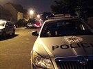 Policist� zasahovali v rodinn�m dom� v pra�sk�ch Mod�anech, kde opil� mu�...