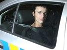 Policisté zasahovali v rodinném domě v pražských Modřanech, kde opilý muž...