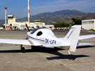 OK LEX na letišti v Samosu, východ Egejského moře