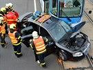 Vůz Audi odbočoval vlevo, jenže řidič si nejspíše nevšiml přijíždějící...