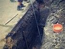 V Mírově na Šumperku bagrista prorazil plynové potrubí. Hasiči museli evakuovat...