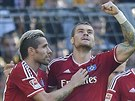 VELKÉ PŘEKVAPENÍ. Fotbalisté Hamburku, dosud poslední tým německé ligy, uspěl...