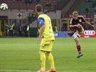 PARÁDA Z PŘÍMÉHO KOPU. Keisuke Honda zvyšuje náskok AC Milán nad Chievem na...