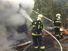 Požár chatu stojící v Bělkovickém údolí zcela zničil. Kromě toho navíc museli...