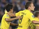 BRZKÉ VEDENÍ. Ciro Immobile z Dortmundu (vpravo) se raduje z gólu proti