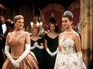 Julie Andrewsová a Anne Hathawayová ve filmu Deník princezny (2001)