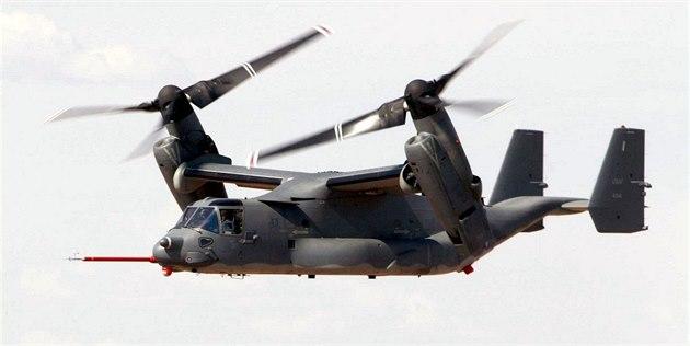 Letící V-22 Osprey.
