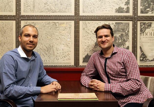 Luká� Konarovský (vlevo) a Jan Korbel spolupracují a podnikají na dálku....