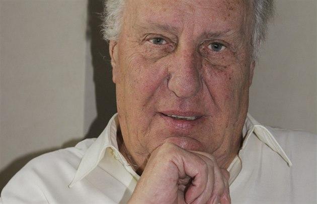 Spisovatel Frederick Forsyth (26. zá�í 2014)