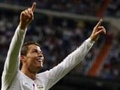 PAN STŘELEC. Cristiano Ronaldo, fotbalista Realu Madrid, se raduje z branky, kterou vstřelil už ve 2. minutě zápasu s Athleticem Bilbao. Pro Ronalda to byl už jedenáctý gól v letošní sezóně španělské ligy.