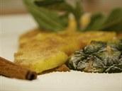 I se servírování grilovaného ananasu si můžete pohrát
