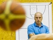 Stanislav Petr, trenér basketbalových Svitav