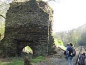 M�ste�ko Odranec stávalo v podhradí Staré Dubé, dnes jsou zbytky podhradí p�ímo