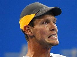NEDA�� SE. Tom� Berdych byl ve fin�le turnaje v Pekingu proti Novaku...