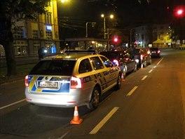 V Hradci Králové se zdrogovaný polský řidič pokoušel ujet policistům.