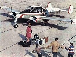 Pod Agrolet ČSA spadala také služba tzv. aerotaxi, což byla malá smluvní...