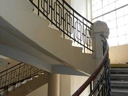 Liberty Building před rekonstrukcí, původní reprezentativní schodiště bude