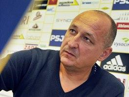 Trenér jihlavských fotbalistů Roman Kučera.