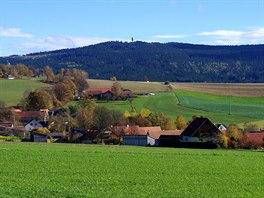 Hora Dyle� a vesnice Neualbenreuth
