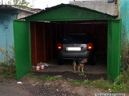 Bloger s přezdívkou 919919919 si v astronomicky drahé metropoli koupil garáž,...