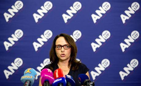 Adriana Krná�ová p�i tiskové konferenci ve volebním �tábu hnutí ANO v Praze....