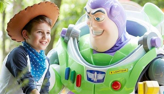 Disneyland v Paříži - Leťte s dětmi do kouzelného světa pohádek, darujte jim...