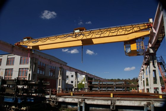 Kvalita a technologická úroveň jeřábů a ocelových konstrukcí firmy Ferro OK....