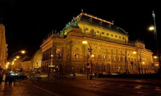 V N�rodn�m divadle budete moci zhl�dnout 2. listopadu inscenaci N�vraty dom� o
