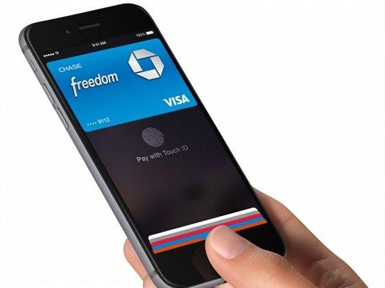 Apple by mohl naplno rozběhnout platby mobilem