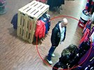 Dvojice, která kradla oblečení v jednom z outletů na okraji Mladé Boleslavi