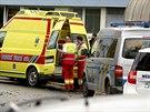 Záchranáři a policisté zasahují v okolí obchodní akademie ve Žďáře nad Sázavou,...