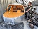 Renovátoři dokončují poslední úpravy, Dymaxion se ještě před vánočními svátky...