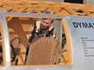 Na výrobě duplikátu Dymaxionu se podílelo mnoho řemeslníků nejrůznějších profesí.