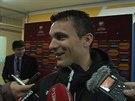 Usměvavý David Lafata dával po výhře nad Kazachstánem rozhovory.