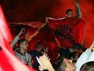 Zápas se nedohrál, ale albánští fanoušci oslavovali své fotbalisty už před jejich příletem do Tirany.
