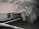 Při vážné dopravní nehodě nedal zřejmě řidič kamionu přednost při najíždění na...