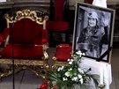 Smuteční fotografie na pohřbu Pavla Landovského (17. října 2014)