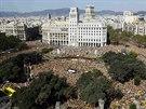 Demonstrace za katalánskou nezávislost na náměstí Catalunya v Barceloně (19. října 2014).