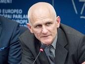 Běloruský lidskoprávní aktivista Ales Bjaljacki při svém vystoupení v sídle...