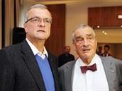 Miroslav Kalousek a Karel Schwarzenberg ve volebním štábu TOP 09 v Praze. (11....