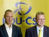 Předseda KDU-ČSL Pavel Bělobrádek (vpravo) a lídr pražské kandidátky Jan Wolf