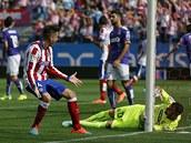GÓLOVÁ SITUACE. José Mária Gimenéz z Atlétika Madrid se raduje po gólu svého