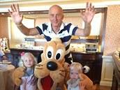Ivo Valenta se o svém volebním vít�zství dozv�d�l v Disneylandu u Pa�í�e, kde...