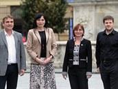 Zleva Petr Vok��l (ANO), Kl�ra Lipt�kov� (KDU-�SL), Jana Dr�palov� (Strana Zelen�ch) a Mat�j Hollan (��t Brno) se dohodli na koali�n� spolupr�ci.